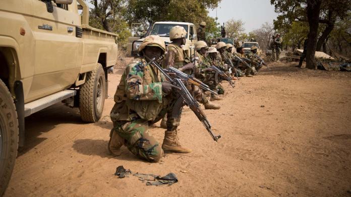 Niger sotto attacco i jihadisti uccidono 100 persone