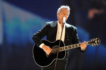 Claudio Baglioni si propone per organizzare l'Eurovision 2022