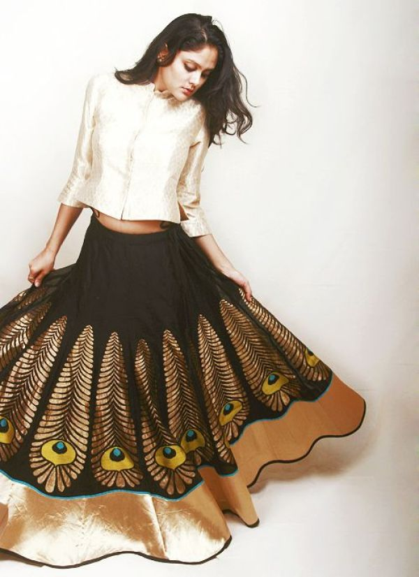 black-ghagra-with-peacock-feathers-motif