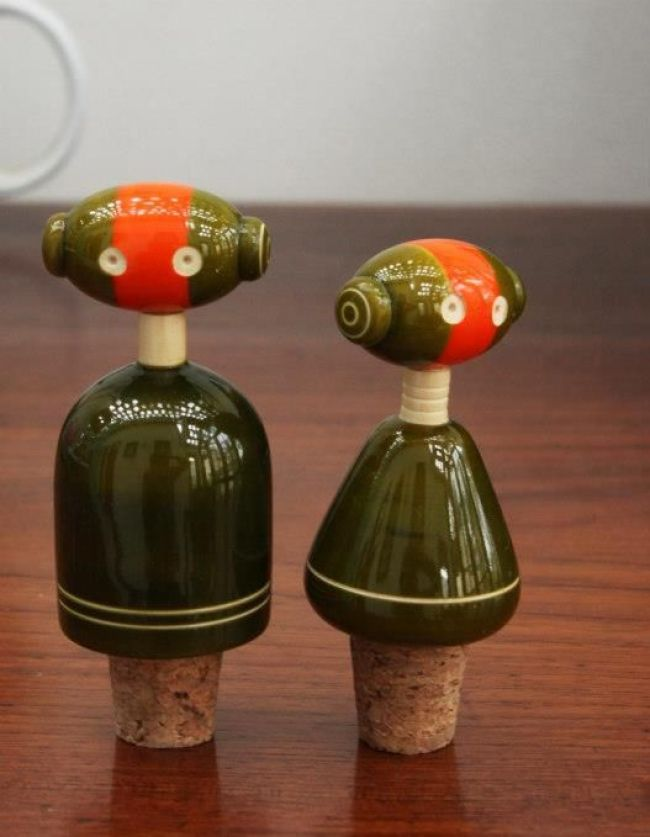 bottle-stoppers-channapatna