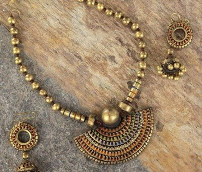 terracotta-necklace-earrings