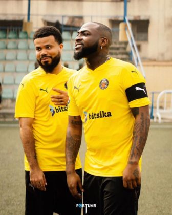 Davido Pens Lovely Note to Manager, Asa Asika on His Birthday   READ