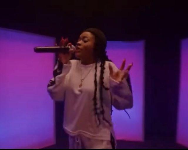 DMW Liya Alari Live Performance