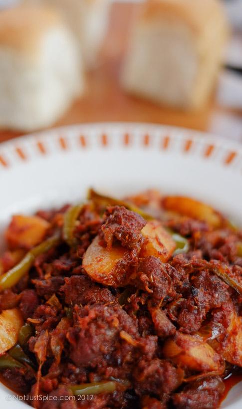 Goan Chouriço Fry | Goan Sausage Fry on notjustspice.com