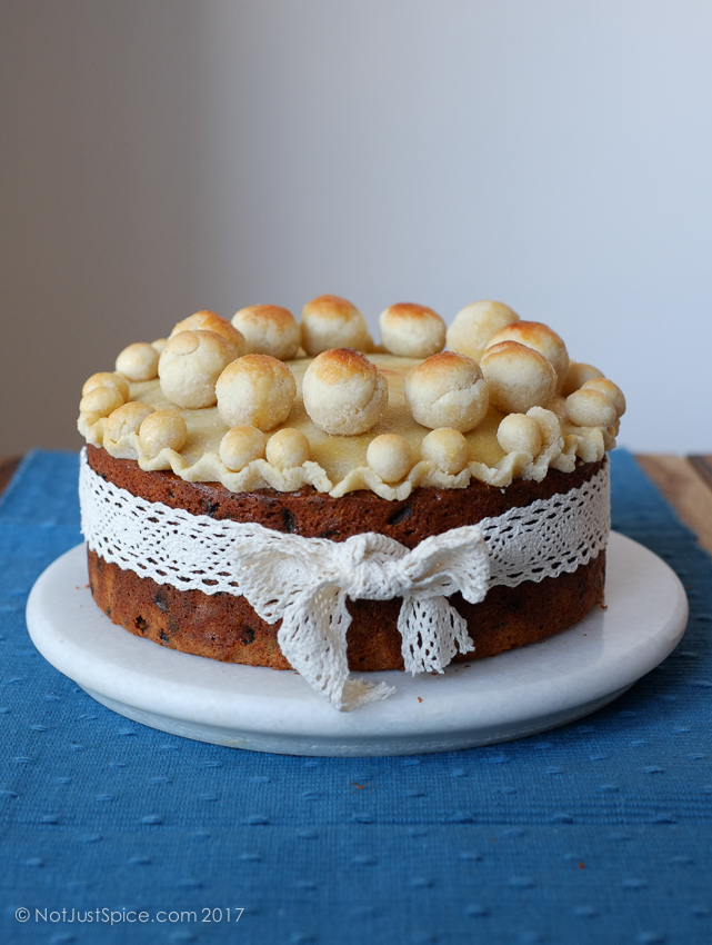 Easy Simnel Cake for Easter on notjustspice.com