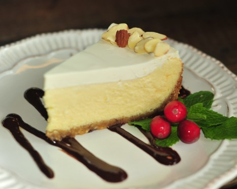 amaretto cheesecake 3