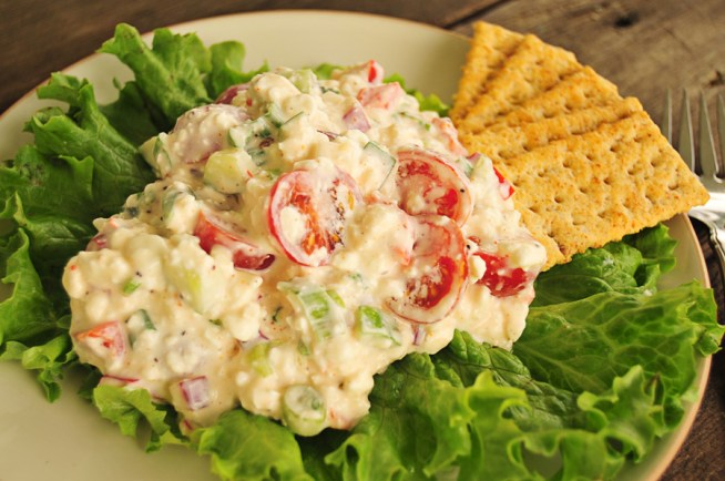 garden-fresh-cottage-cheese-salad-