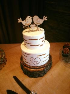 The cake! It turned out just like I envisioned. Love, love!