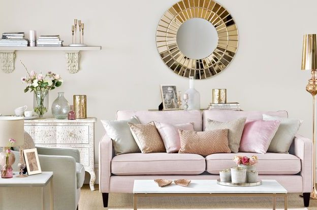 metallic_accessories_pink_couch_NNB