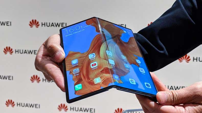 Huawei Mate X Folding