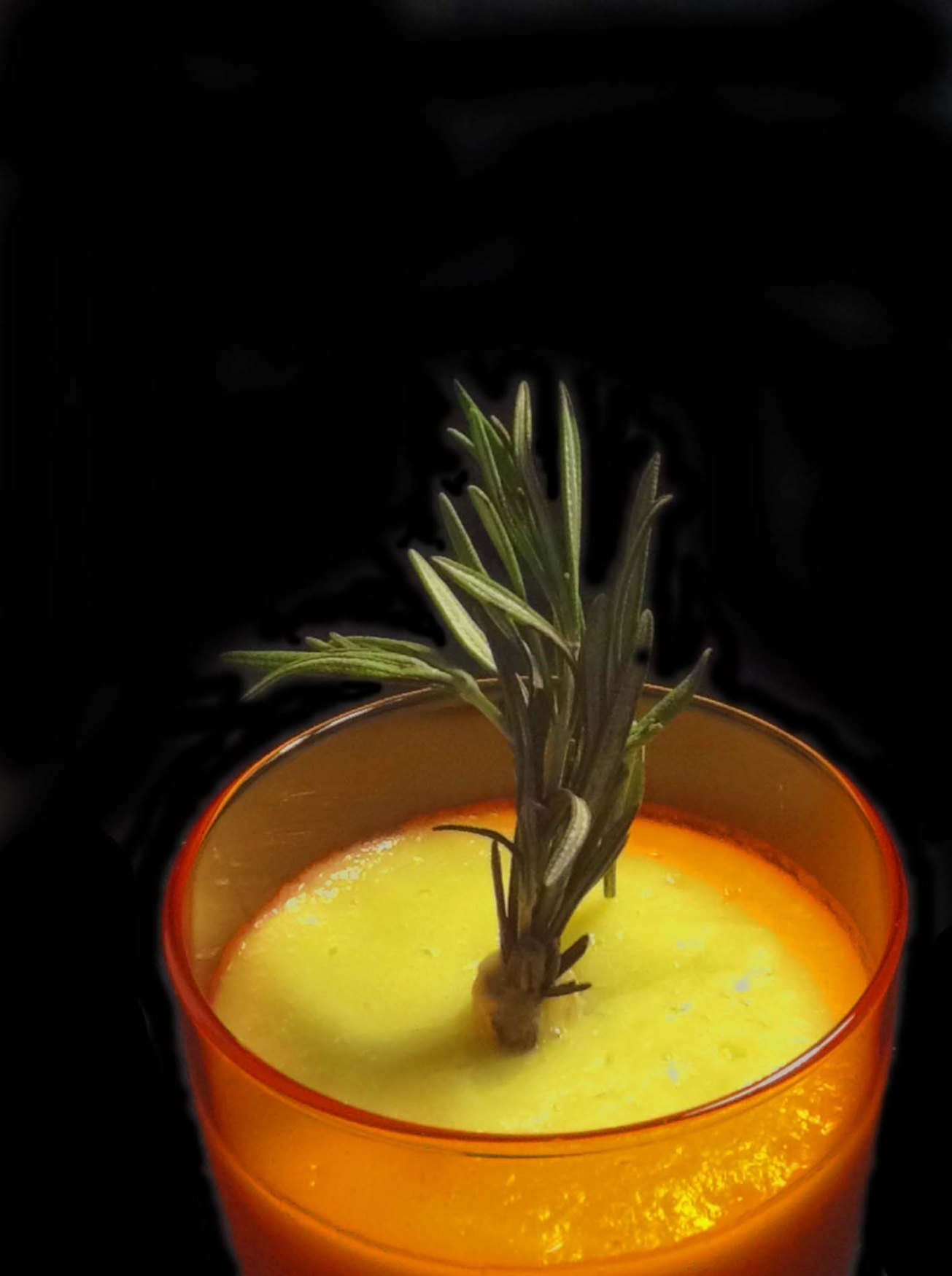 cauliflower-pineapple-orange-and-rosemary-drink-master