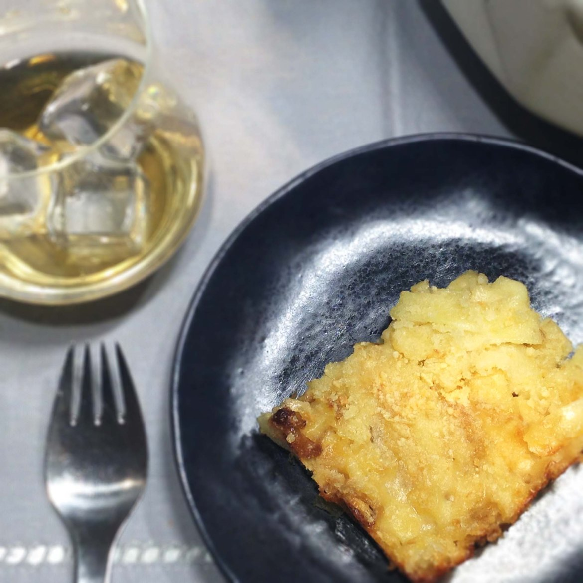 luxe-whiskey-mac-and-cheese-on-plate