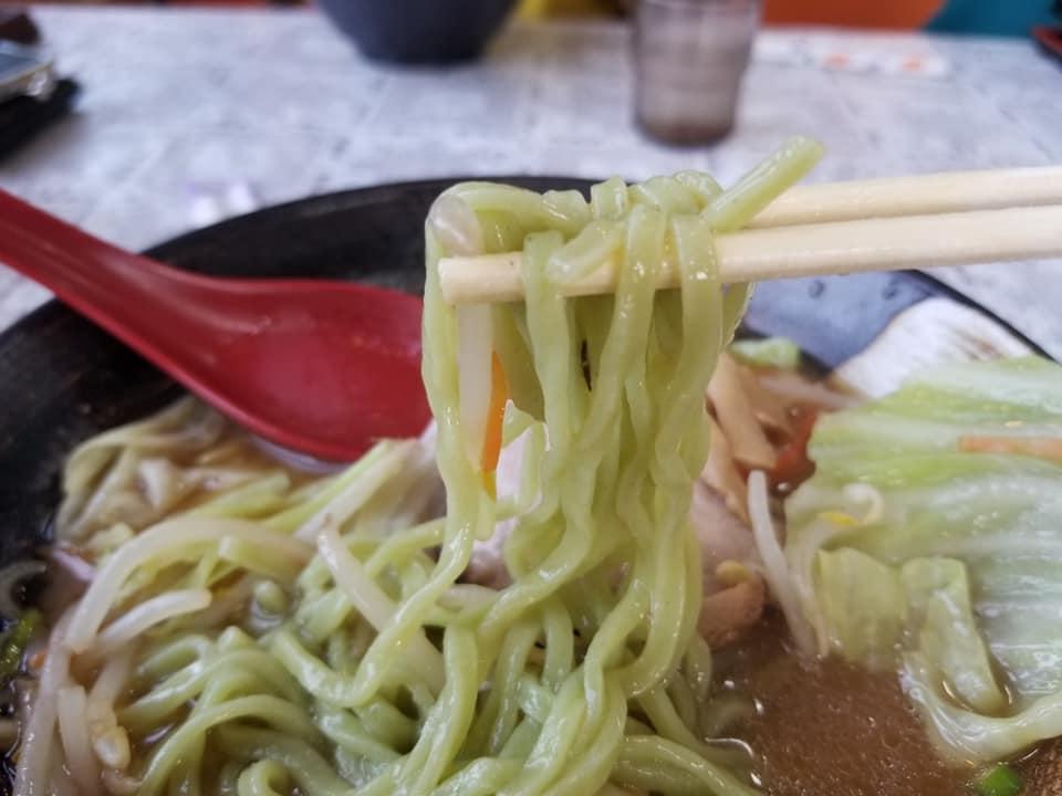 中島町特産の「中島菜」を使用した中島菜らーめんを食べることができる「3番らーめん」【七尾市中島町】