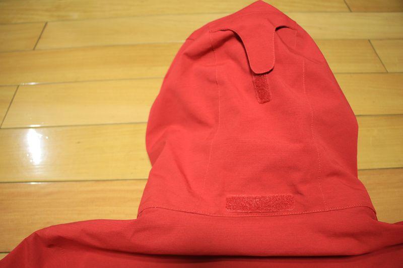 防水外套的帽子