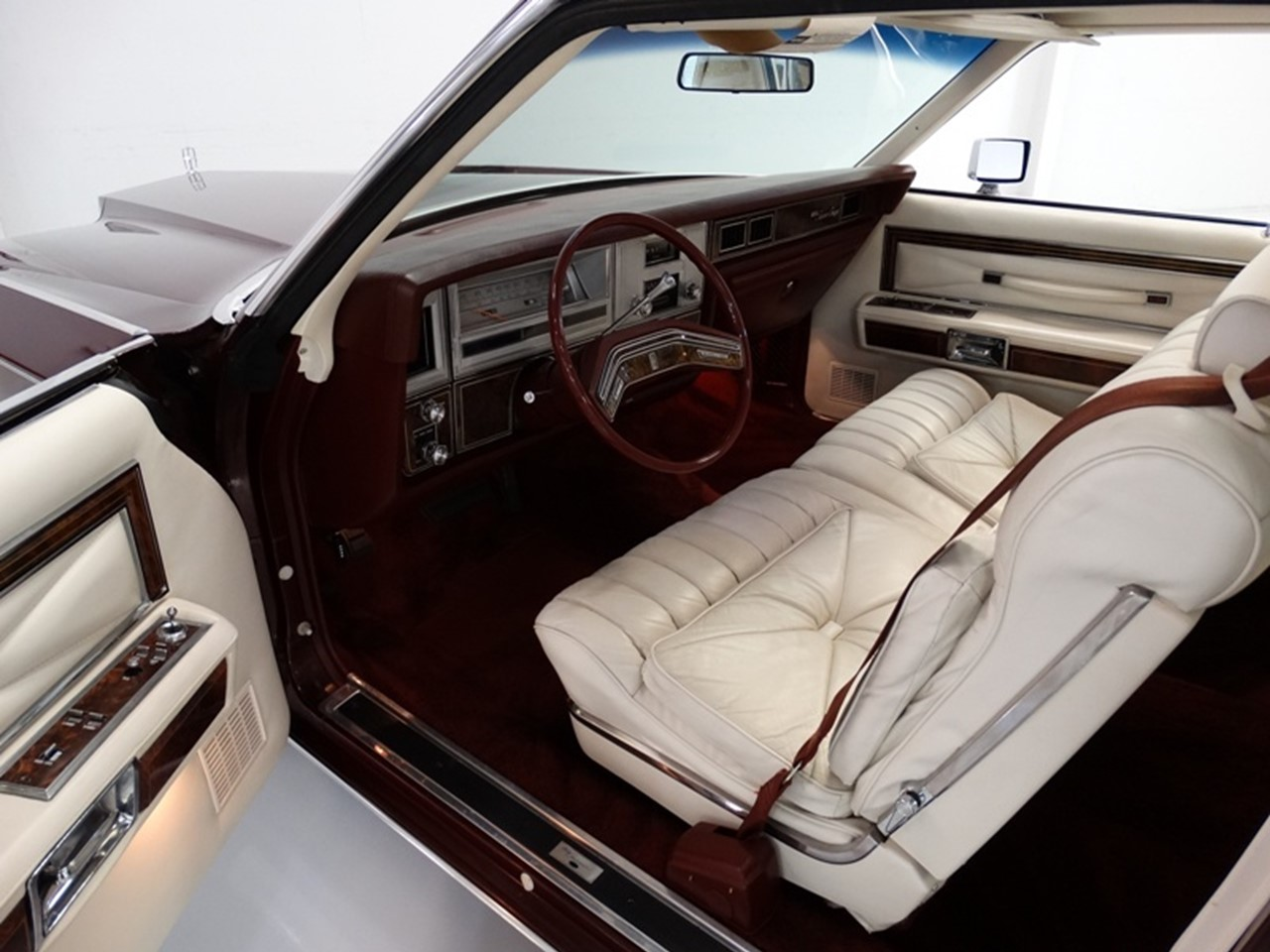 The Continental Life 1978 Lincoln Town Coup 233