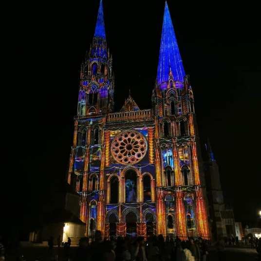chartres en lumière cathedral