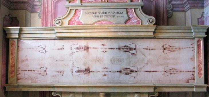 La vidéo de Pâques: contempler le mystère du linceul de Turin