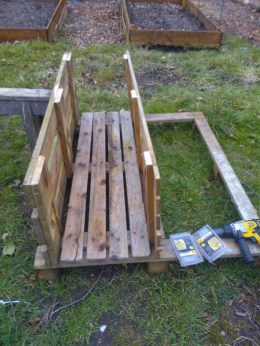 planter being built using screws and screwdriver
