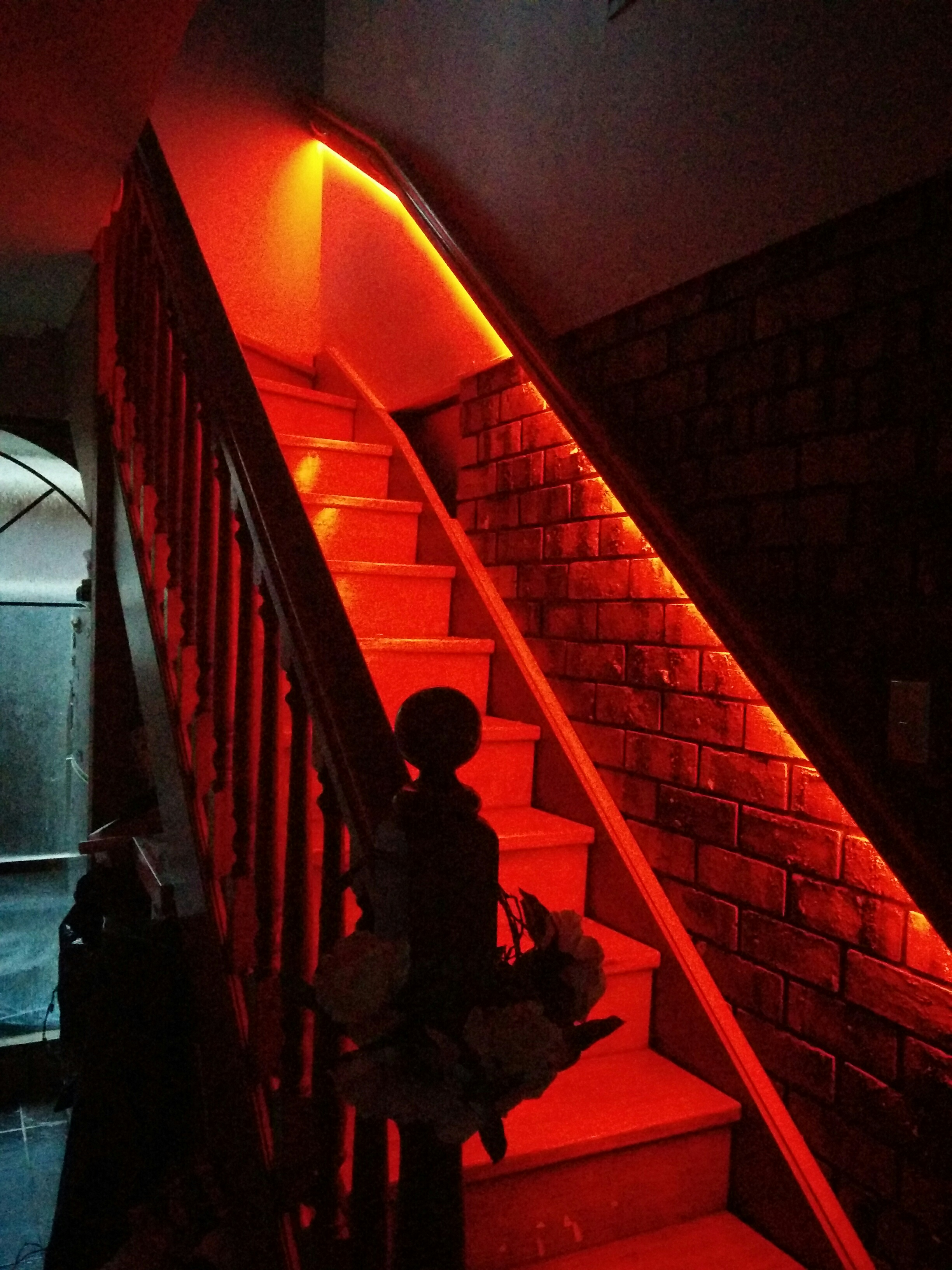 Lighting Basement Washroom Stairs: Philips Hue Light Strip Hack Using 5050 RGB SMD For Stairs