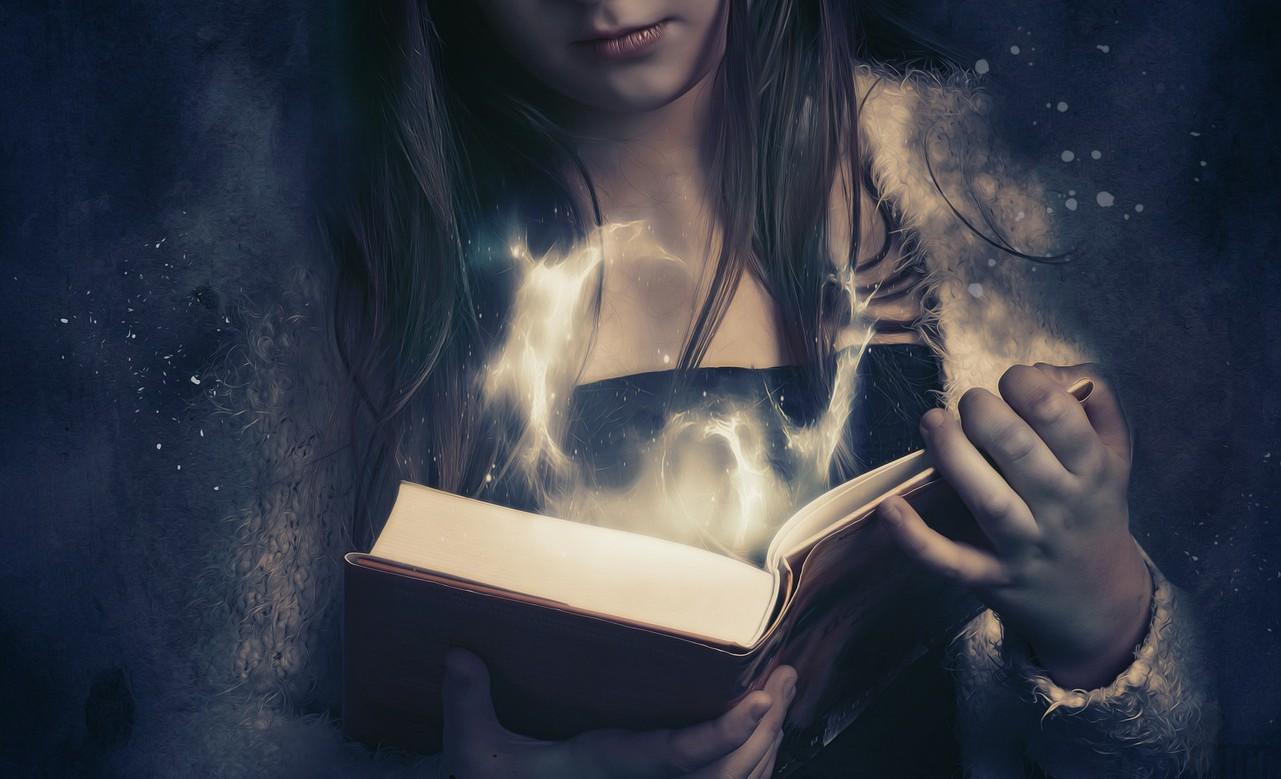 9 Enchanting Fantasy Novels with Romance