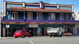Innisfail-Art Deco buildings.