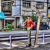 【HDR写真】泪橋近くの商店街の入り口で、あしたのジョーがクールな微笑を浮かべていた。