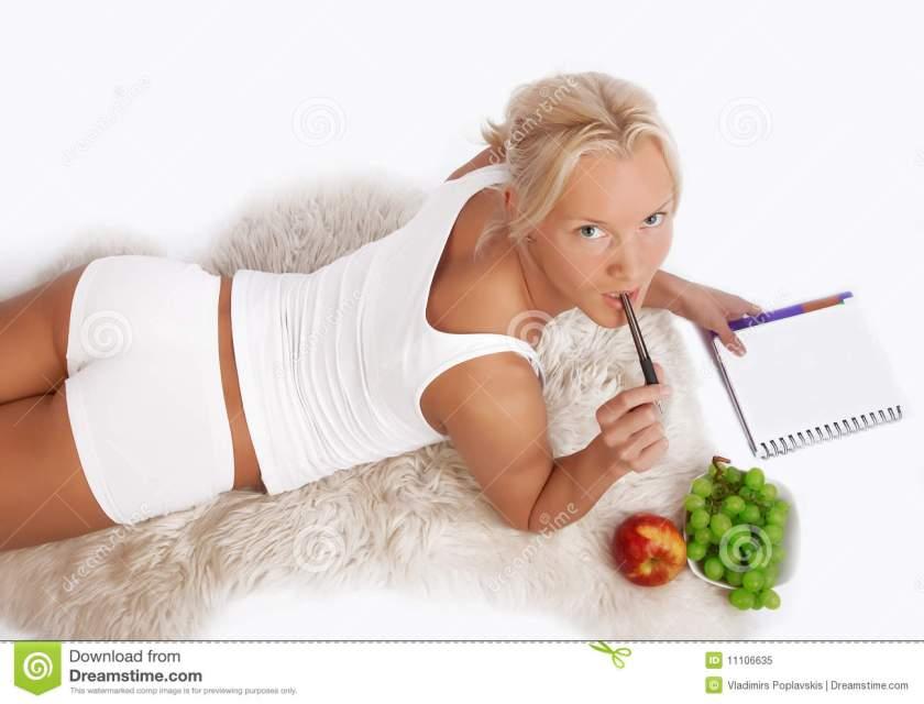 femme-sexy-attirant-avec-l-agenda-11106635