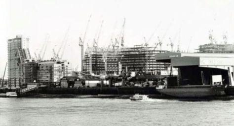 canary-wharf-construction-15232468467