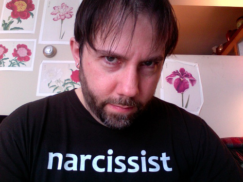 Man in a narcissist t-shirt
