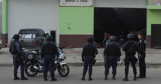 Matan a cuatro personas en una bodega de venta de forrajes en Cuerámaro. Foto NOTUS