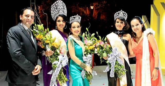 Coronación de la Reina de las Fiestas Patrias 2012 Foto Archivo
