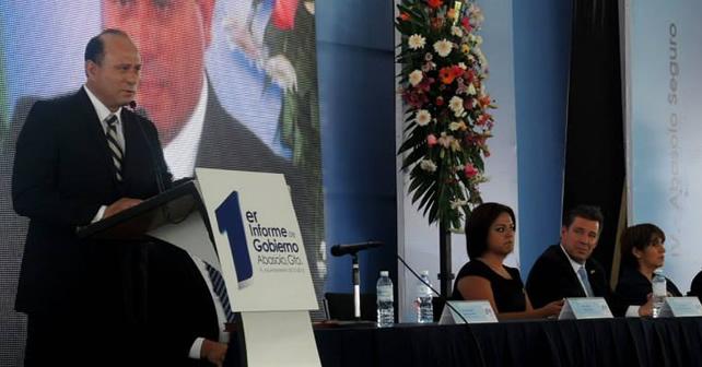 Presidente Abel Gallardo Morales, presentando su 1er Informe de Gobierno. Foto NOTUS / Aldo LS