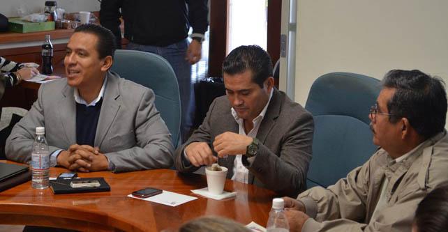 Autoridades municipales en plática con delegado de Semarnat