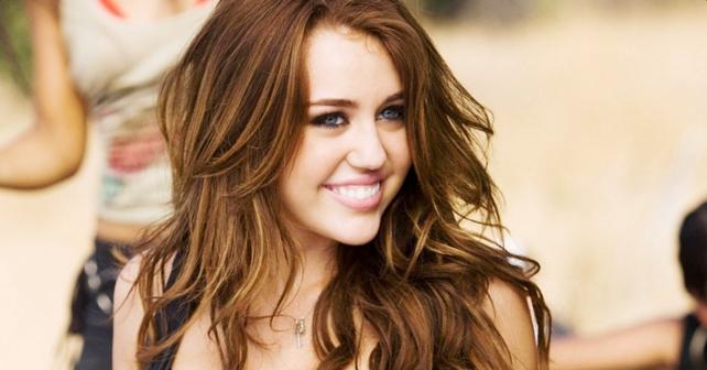 Miley Cyrus NIÑA BUENA