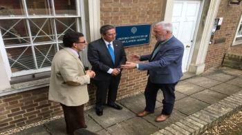 Dr. Alejandro Klein, Dr. Carlos Hidalgo y Dr. George Lesson