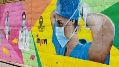 """Photo of Queda concluido la tarde de hoy el mural """"Héroes sin capa"""""""