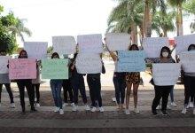Photo of Estudiantes del Instituto Irapuato exigen bajar las colegiaturas