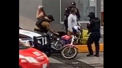 Photo of Suspenden a policía que le «sembró» droga a un motociclista