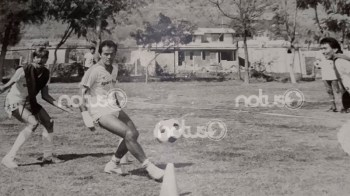 Algo que caracterizó a Sabella y que sorprendió a los jugadores freseros fue su sencillez, raro porque era argentino, pero sus compañeros lo reconocían y en la cancha del Estadio