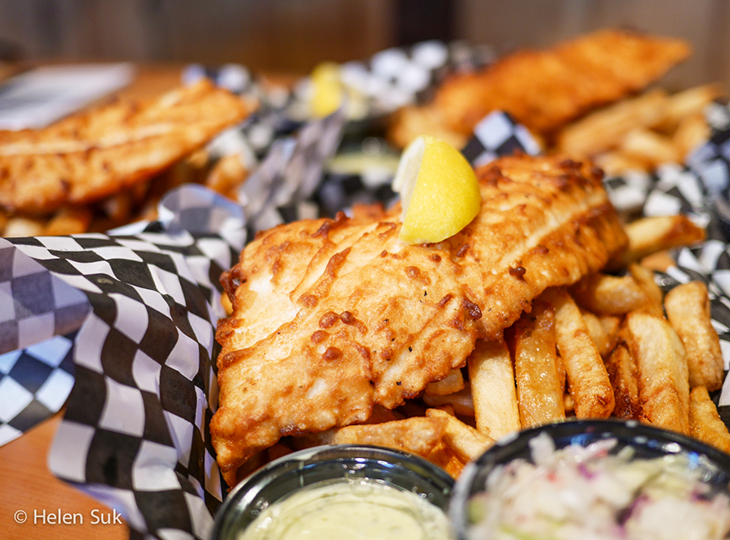 baked and battered restaurant haliburton, baked and battered, restaurants in haliburton, fish and chips