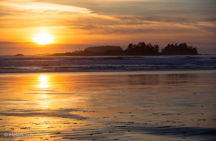 sunrise on cox bay beach tofino bc