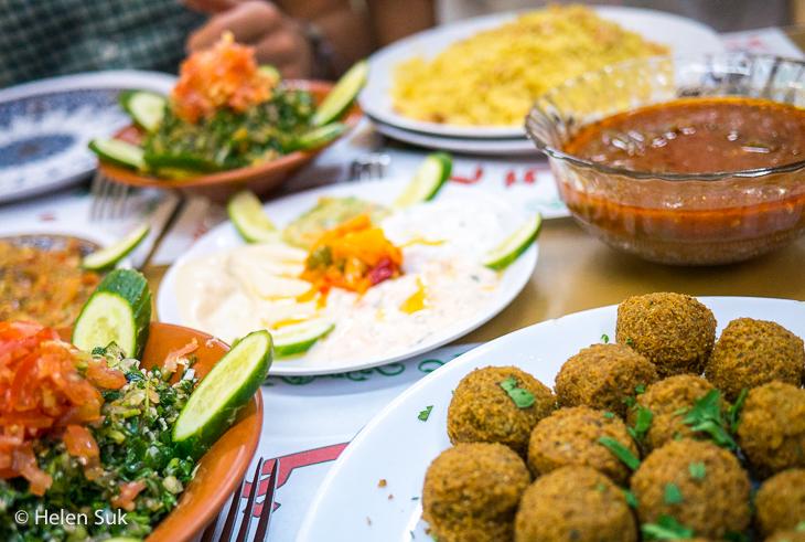 jordanian food, aqaba, hummus, falafel, tabouleh