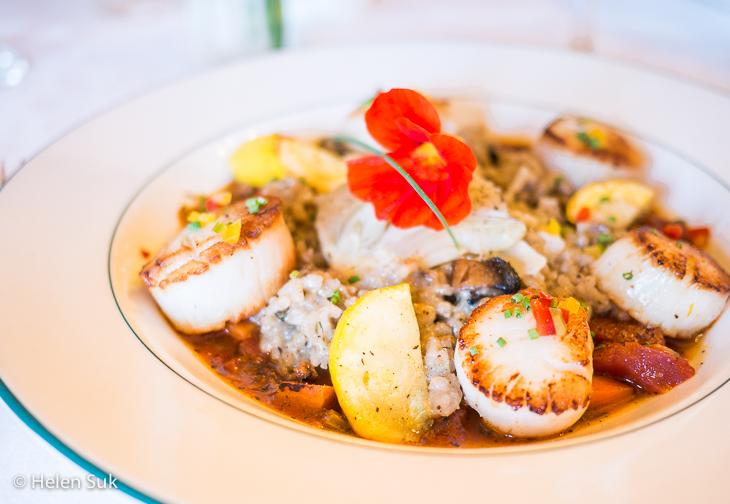 digby scallops at churchills restaurant at digby pines