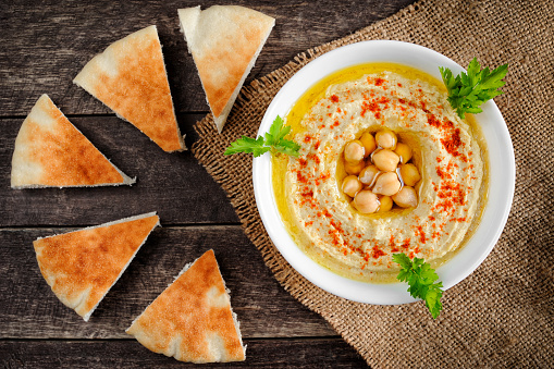 Homemade hummus with pita bread