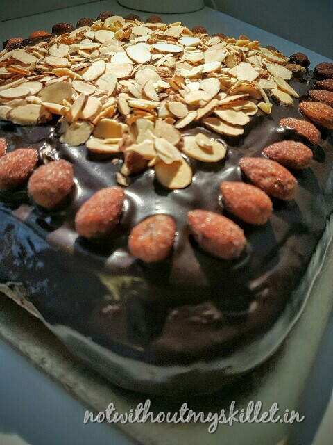 I've been told this is one of my best cakes to date... :) try it at home you will surely win many accolades