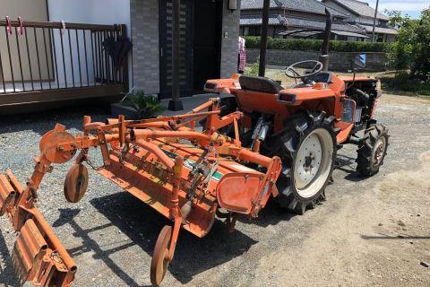 辰野町 トラクター