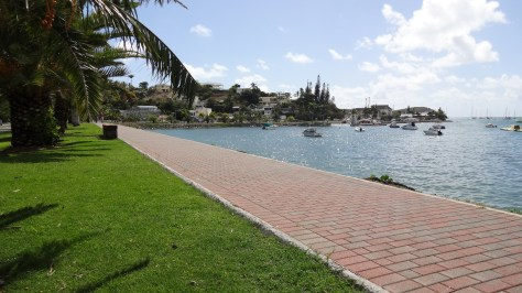 Calme sur la promenade de la Baie de l'Orphelinat