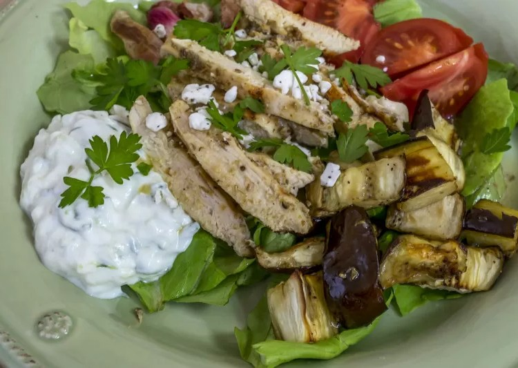 Recipes for everything necessary for an easy to make and healthy Greek Salad, perfect for a main course.