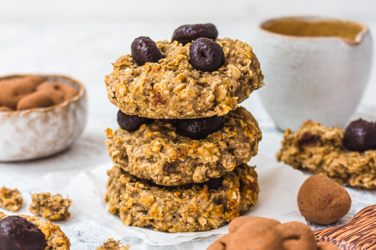 Chewy Dark Choc Goldenberry Cookies
