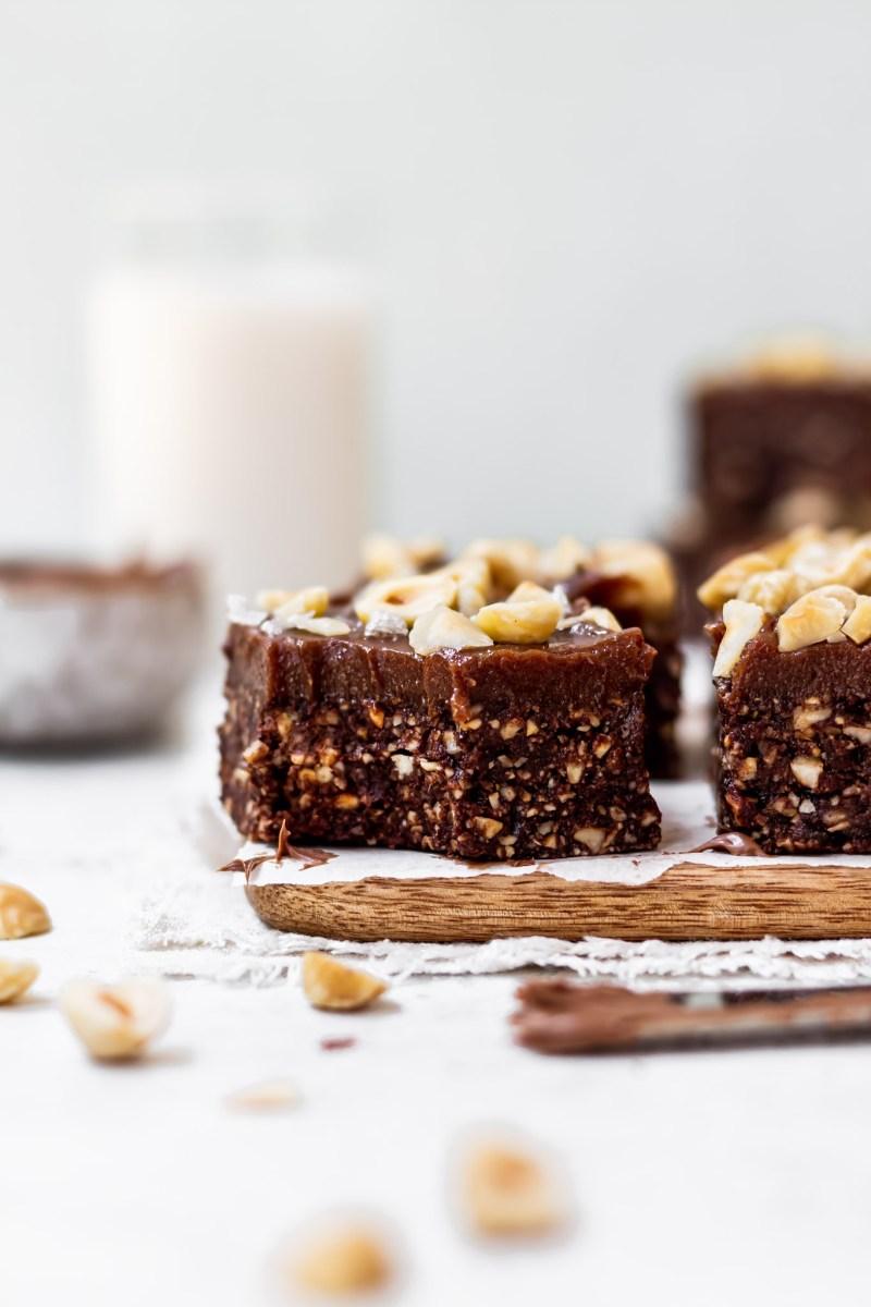 Raw Chocolate Hazelnut Fudge Brownies